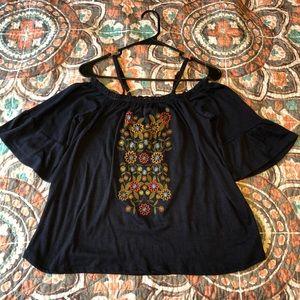 Flowy on/off shoulder blouse